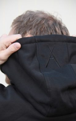 Alantelli Herren Sweat Pull Over Hoodie mit Brusttasche